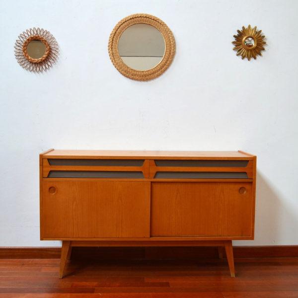 meuble enfilade vintage. Black Bedroom Furniture Sets. Home Design Ideas