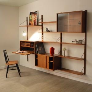 Bureau vintage 2