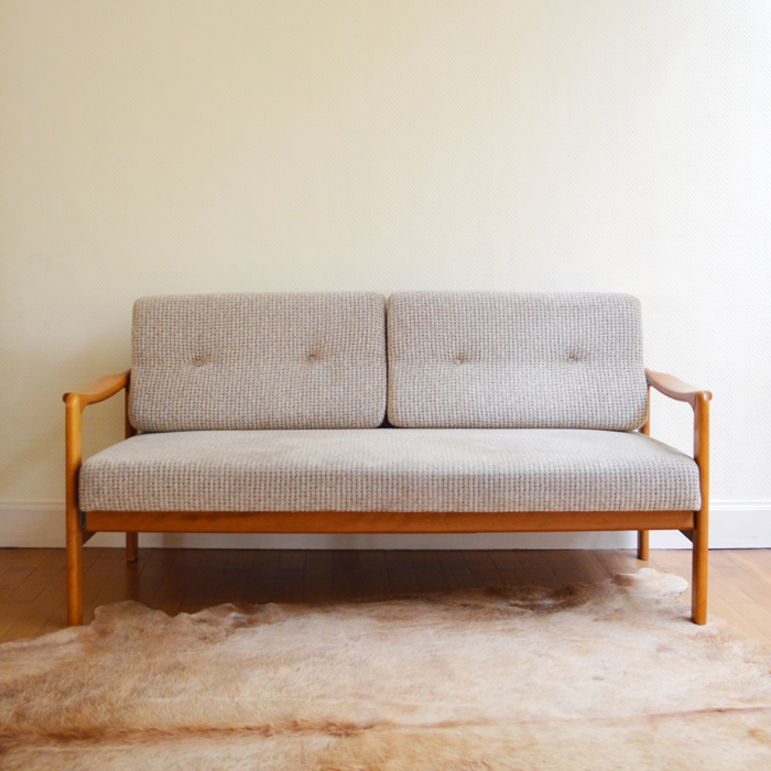 Canap daybed scandinave for Canape origin