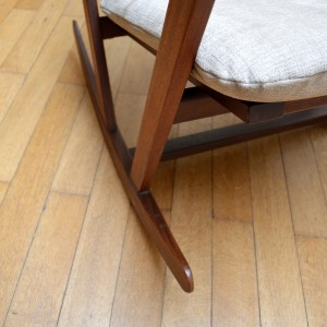 rocking chair 11