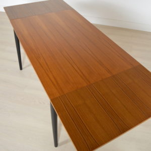 table tapiovaara 7