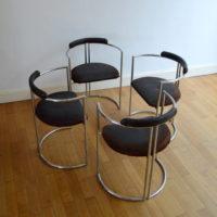 Chaises design années 70 space age vintage
