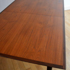 Table scandinave de Louis Van Teeffelen 8