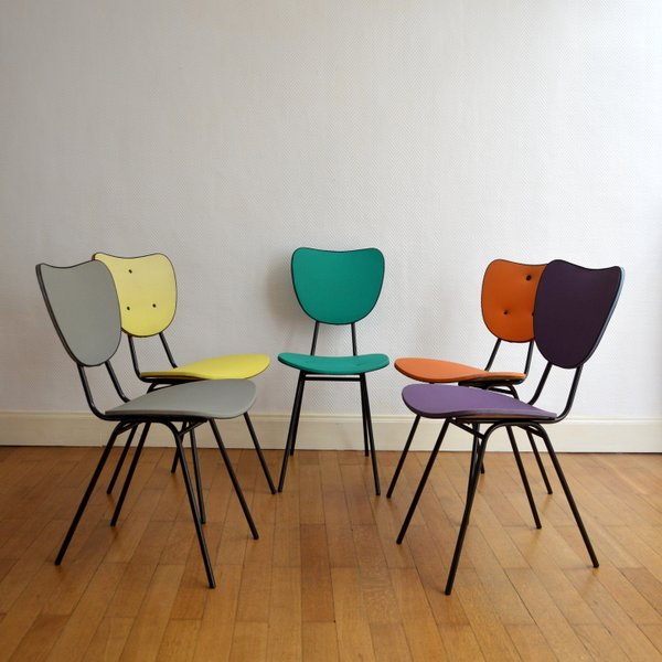 Chaises color es ann es 50 for Chaises colorees