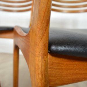 quatre-chaises-a-manger-scandinave-21