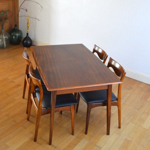 Table de repas 4 6 personnes scandinave teck ann es 60 for Table scandinave 6 personnes