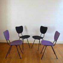 Quatre chaises colorées vintage 4