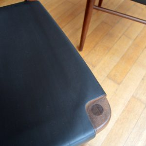 chaises scandinave teck et cuir vintage 8