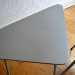 1 table tripode et 2 chaises enfant vintage 31