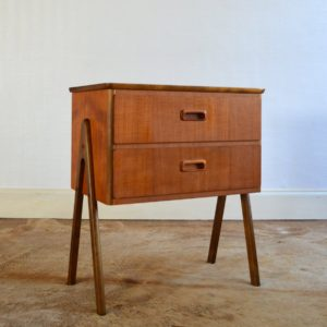 Table de chevet : meuble d'appoint scandinave 1960 vintage 2