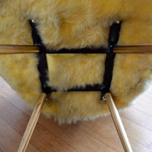 Chaise moumoute 1950 vintage 49
