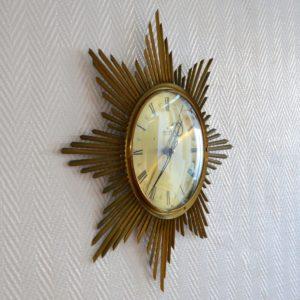 Horloge murale soleil laiton 1950 vintage 7