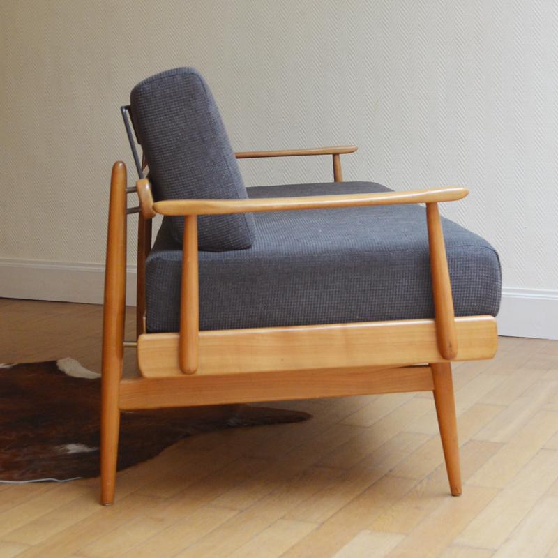 sofa daybed scandinave vintage. Black Bedroom Furniture Sets. Home Design Ideas