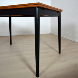 table tapiovaara 2
