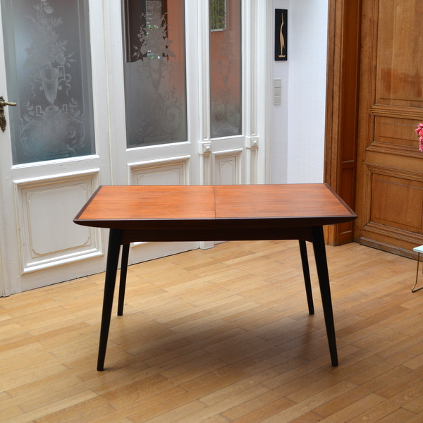 Table de repas de Louis Van Teeffelen années 60