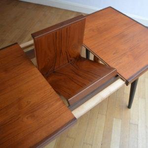 Table scandinave de Louis Van Teeffelen 15