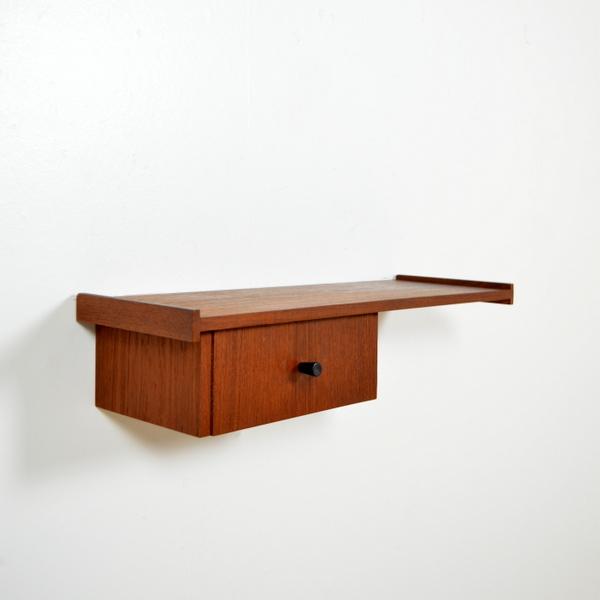 Petite console suspendue scandinave années 60