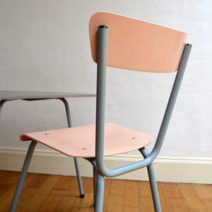 1 table tripode et 2 chaises enfant vintage 14