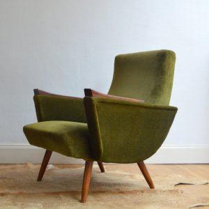 Paire de fauteuils années 50 kaki vintage 18