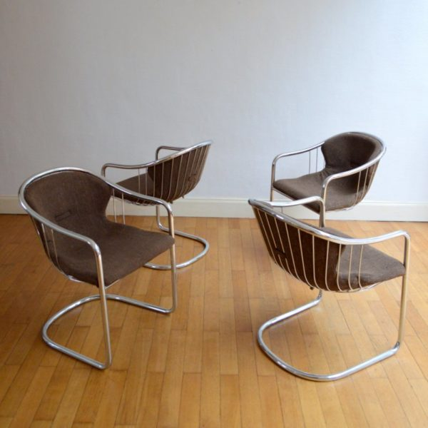 Suite de quatre chaises design années 60 / 70
