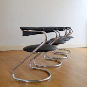 Chaises-design-années-70-vintage-15