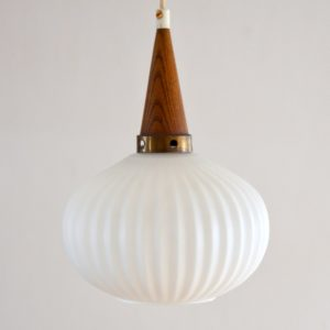 suspension scandinave 1960 vintage 9