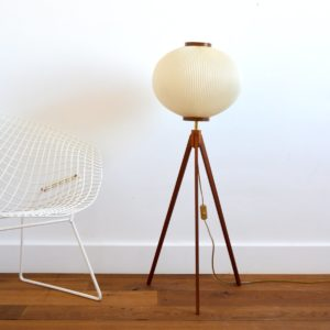 Lampe tripode scandinave vintage 1970 teck 3