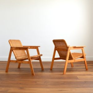 Paire de fauteuils scandinave bois et paille 1970s vintage 3