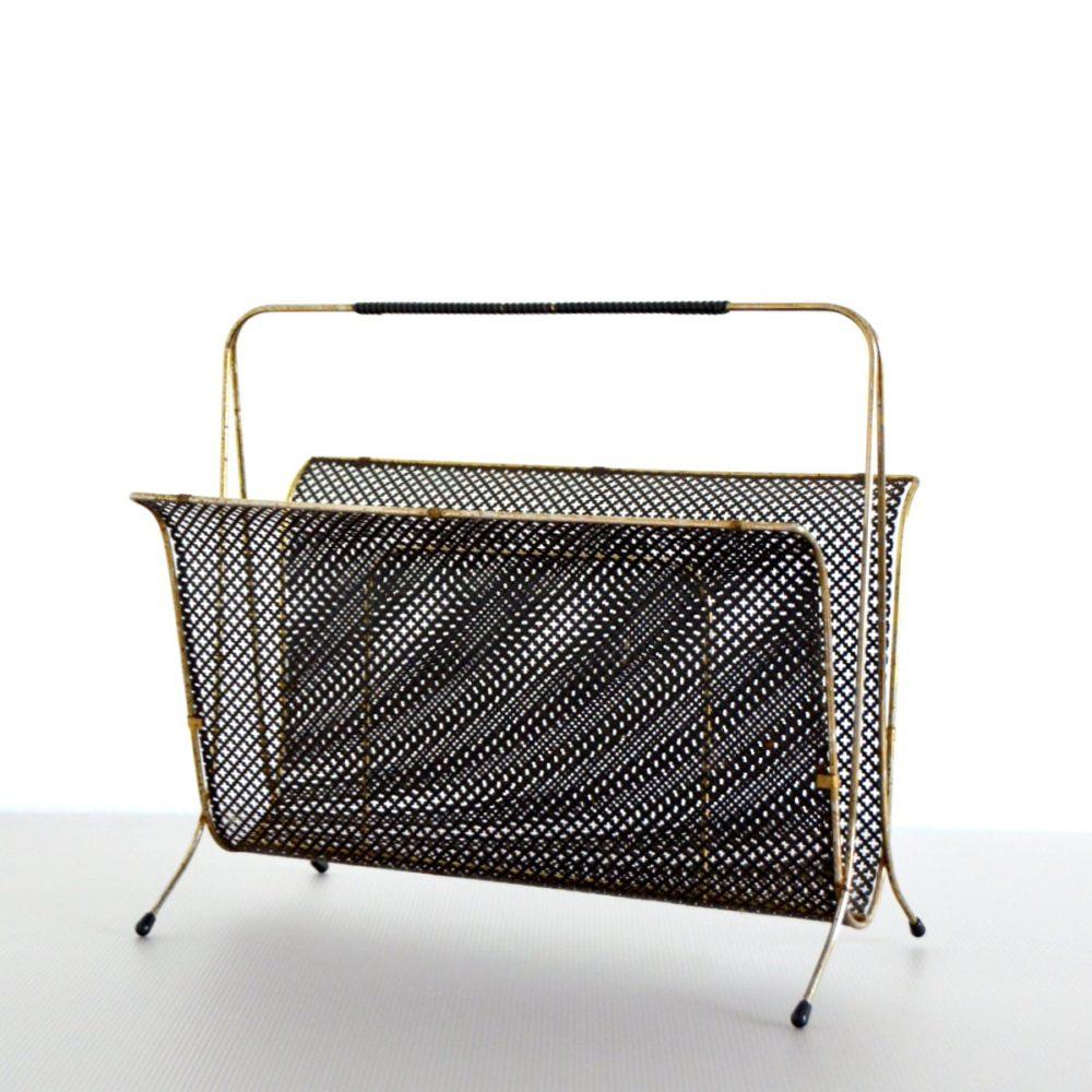 Porte revues métal perforé et laiton vintage années 50 / 60