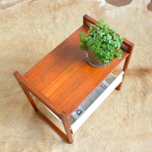 Table porte revues Kai Kristiansen teak 1960 vintage 1