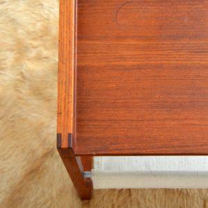 Table porte revues Kai Kristiansen teak 1960 vintage 16