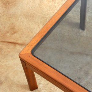 Table basse scandinave teck et verre 1970 vintage 21