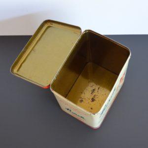 Ancienne Boîte publicitaire en métal Storck vintage 23